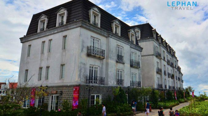 Khách sạn ở Bà Nà
